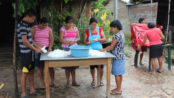 a-coconut-sweet-making-cooperative-a-small-business-project-in-puentecitos-part-of-cafods-connect2-el-salvador-programme